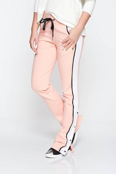 Rózsaszínű Ocassion casual nadrág zsebes pamutból készült derékban zsinórral köthető meg derékban rugalmas