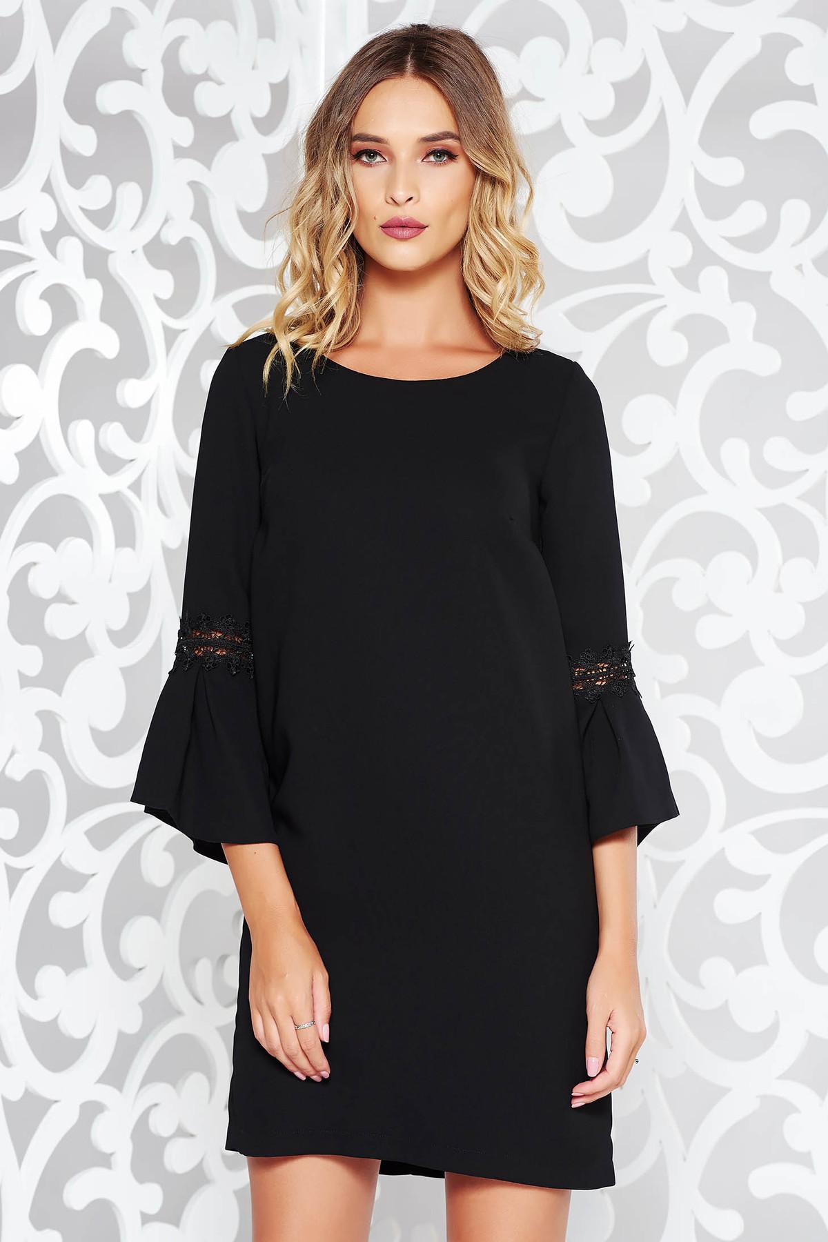 cdad381471 Fekete StarShinerS ruha elegáns rugalmatlan szövet belső béléssel bő szabású