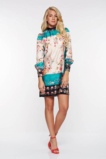Krém PrettyGirl elegáns bő szabásű ruha belső béléssel szatén anyagból