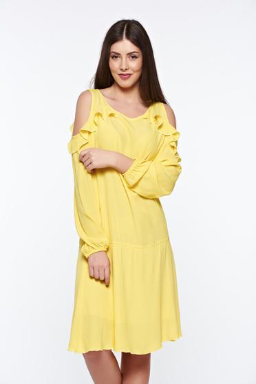 Sárga PrettyGirl bő szabású hétköznapi ruha kivágott vállrésszel