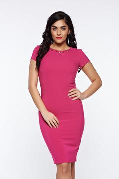 Pink LaDonna a-vonalú alkalmi ruha dekoltázzsal a84b5de654