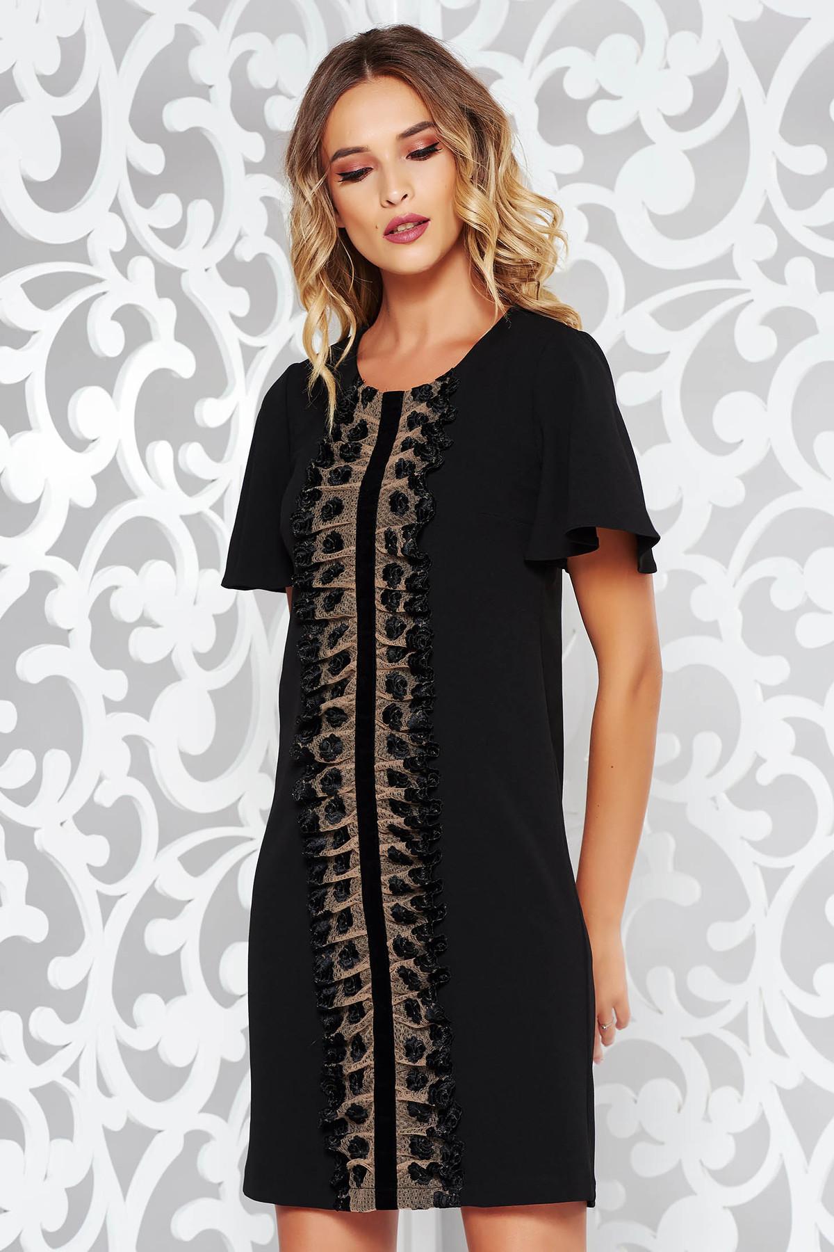 bc1d65ed9f Fekete StarShinerS elegáns bő szabású ruha csipke díszítéssel