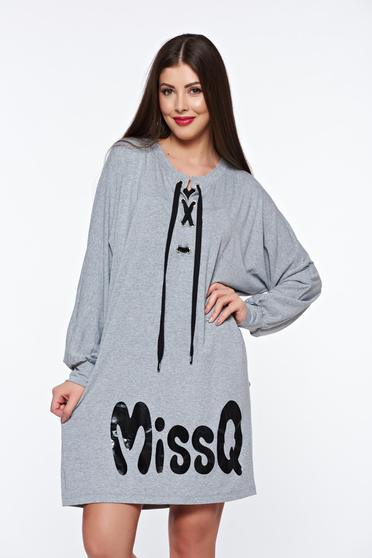 Szürke MissQ ruha casual bő szabású rugalmas anyag zsinórral van ellátva d3537db80f