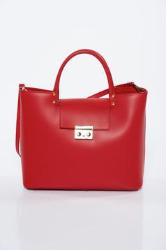 Piros irodai táska fémes kiegészítő