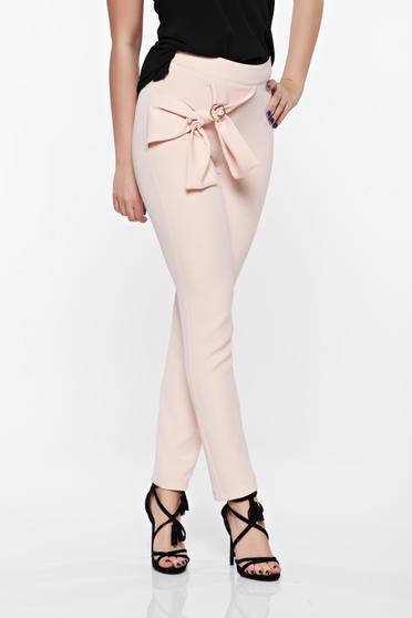 Rózsaszínű PrettyGirl elegáns magas derekú kónikus nadrág enyhén rugalmas anyag