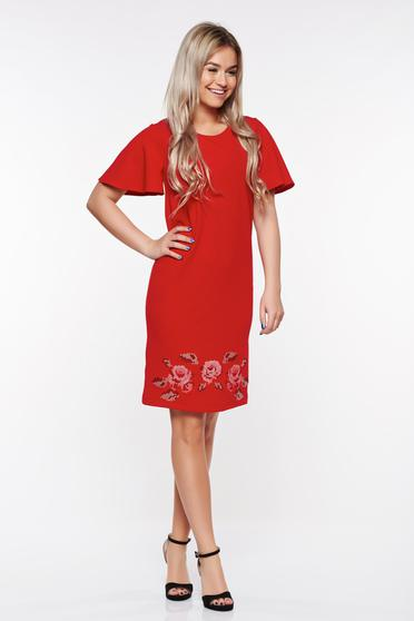 Piros StarShinerS elegáns bő szabású hímzett ruha rugalmas anyag