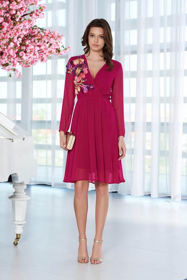 Lila StarShinerS alkalmi ruha hímzett betétekkel fátyol belső béléssel derékban rugalmas