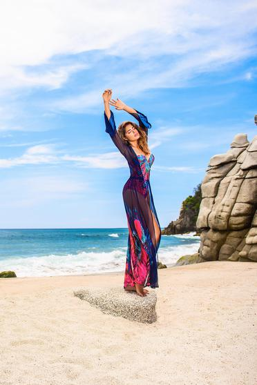 Sötétkék Cosita Linda ruha strandi virágmintás