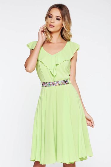 Zöld StarShinerS ruha elegáns harang fátyol belső béléssel övvel ellátva strassz köves kiegészítő