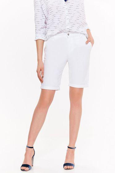 Fehér zsebes Top Secret pamutból készült rövidnadrág