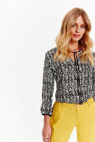 Fehér Top Secret casual bő szabású női ing lenge anyagból v-dekoltázzsal 261de4c0b8