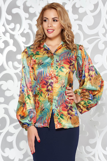 Zöld PrettyGirl elegáns bő szabás női ing szatén anyagból virágmintás díszítéssel