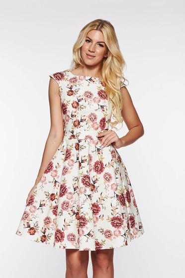 Rózsaszínű PrettyGirl ruha enyhén elasztikus pamut deréktól bővülő szabás virágmintás