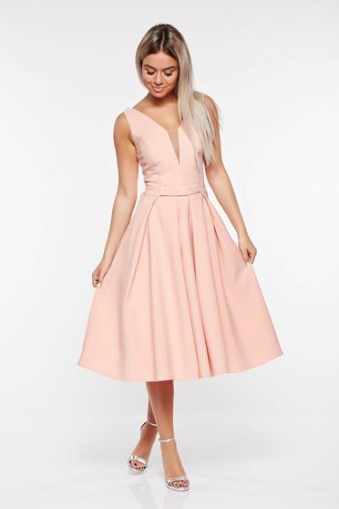 Rózsaszínű LaDonna alkalmi harang ruha enyhén elasztikus szövet mély dekoltázs