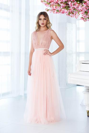 Rózsaszínű LaDonna ruha alkalmi tüll csipkés anyagból gyöngyös díszítés harang