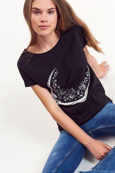 Fekete Top Secret póló casual pamutból készült bő szabás nyomtatott mintával