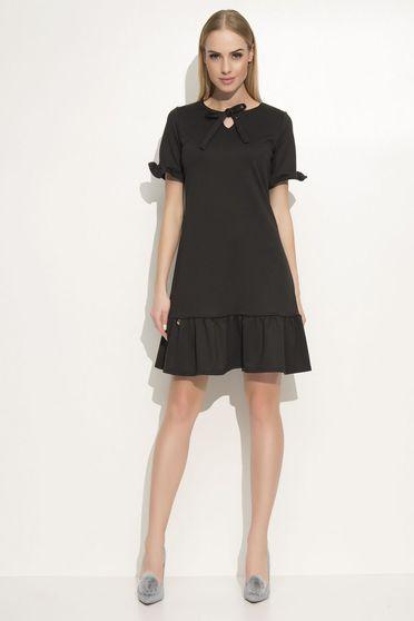 Fekete Makadamia ruha elegáns bő szabású enyhén rugalmas anyag fodrok a ruha alján
