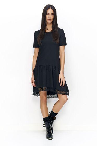 Fekete Numinou ruha casual csipke díszítéssel bő szabású enyhén elasztikus szövet