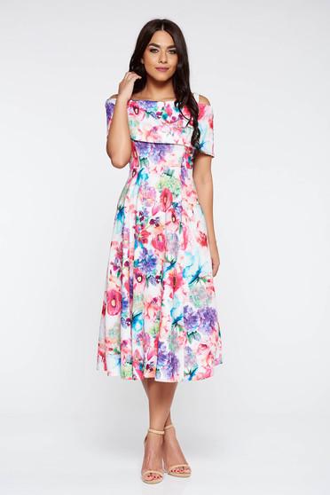 Rózsaszínű alkalmi harang ruha váll nélküli rugalmas anyag virágmintás díszítéssel