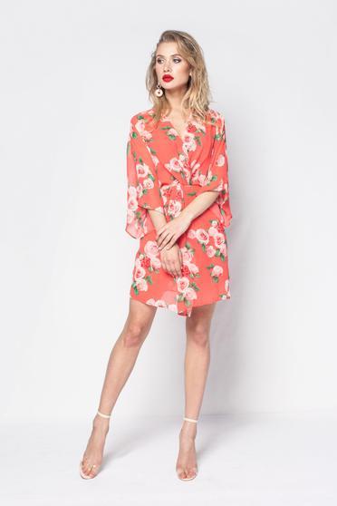 Piros PrettyGirl elegáns ruha lenge, áttetsző anyag virágmintás díszítéssel belső béléssel
