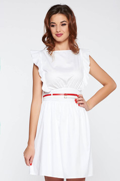 Fehér PrettyGirl casual ruha nem elasztikus pamut fodros öv típusú kiegészítővel