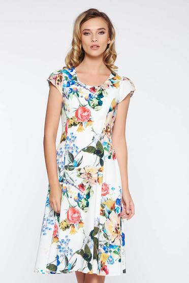 Fehér elegáns ruha enyhén rugalmas anyag belső béléssel virágmintás díszítéssel