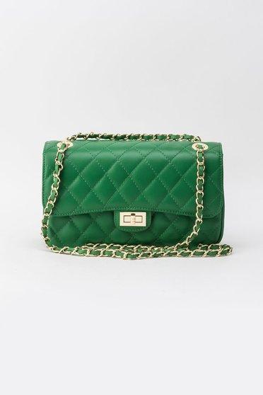 Zöld táska hosszú lánc típusú pánt valamint rövid