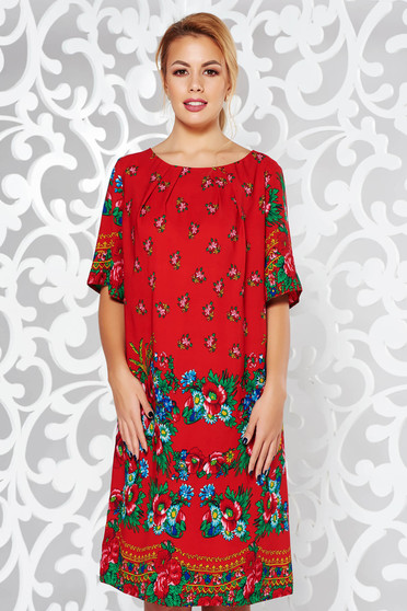 Piros elegáns bő szabású ruha virágmintás díszítéssel vékony anyag