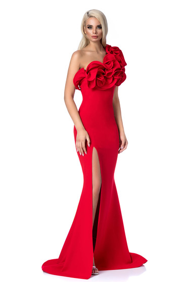 Piros alkalmi hosszú szirén tipusú ruha fodros szűk szabás