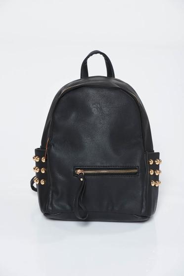 Fekete hátizsákok casual műbőr arany színű fémes díszek