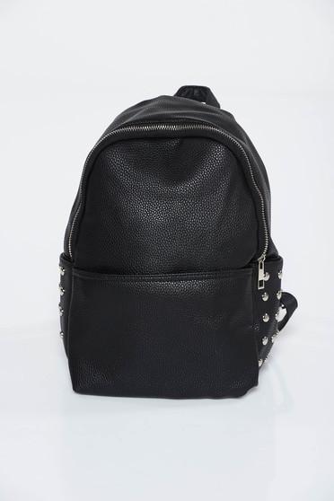 Fekete hátizsákok casual műbőr fém díszítések