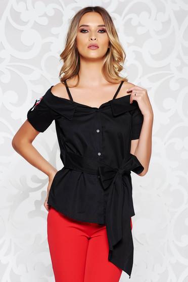 Fekete SunShine női blúz casual kivágott vállrésszel övvel ellátva