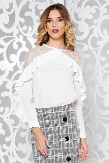 Fehér elegáns bő szabású női ing csipke díszítéssel fodros enyhén áttetsző anyag