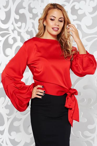 Piros elegáns bő szabású hosszú ujjú női blúz szatén anyagból