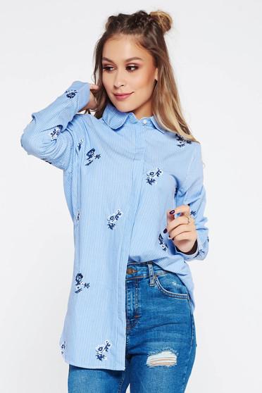 Kék casual pamutból készült női ing hímzett betétekkel