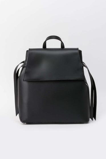 Fekete casual hátizsákok