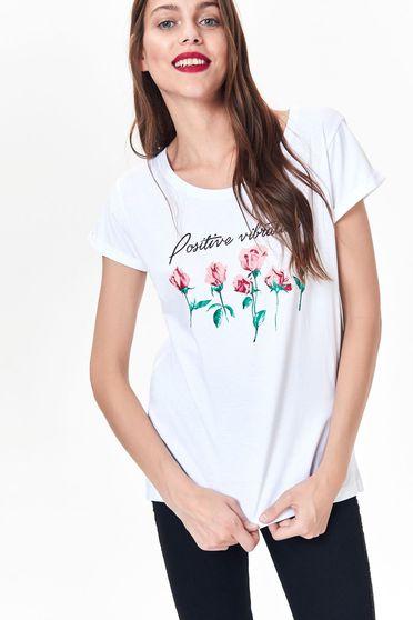Fehér Top Secret póló casual pamutból készült bő szabás nyomtatott mintával