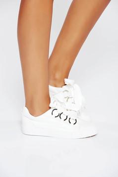 Fehér casual sport cipő lapos talpú műbőr