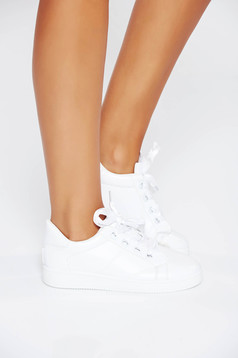 Fehér casual sport cipő műbőr a talp nagyon könnyű