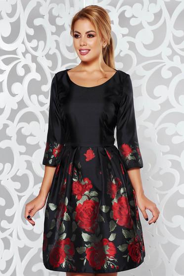 Fekete PrettyGirl alkalmi harang ruha fényes anyag virágmintás díszítéssel