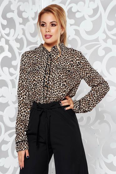 Barna elegáns bő szabású női ing állatmintás