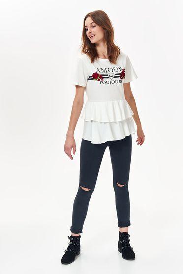 Fehér Top Secret póló casual bő szabású enyhén elasztikus pamut nyomtatott mintával fodros