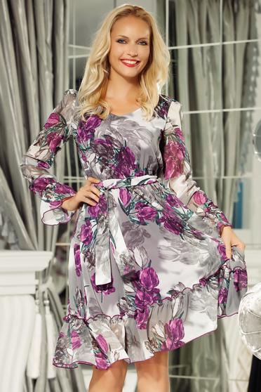 Lila Fofy ruha hétköznapi fátyol anyag belső béléssel derékban rugalmas övvel ellátva