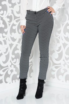 Fekete PrettyGirl nadrág irodai kónikus rugalmas anyag zsebes