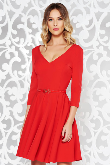 Piros StarShinerS elegáns harang ruha vékony, rugalmas szövet v-dekoltázzsal öv típusú kiegészítővel