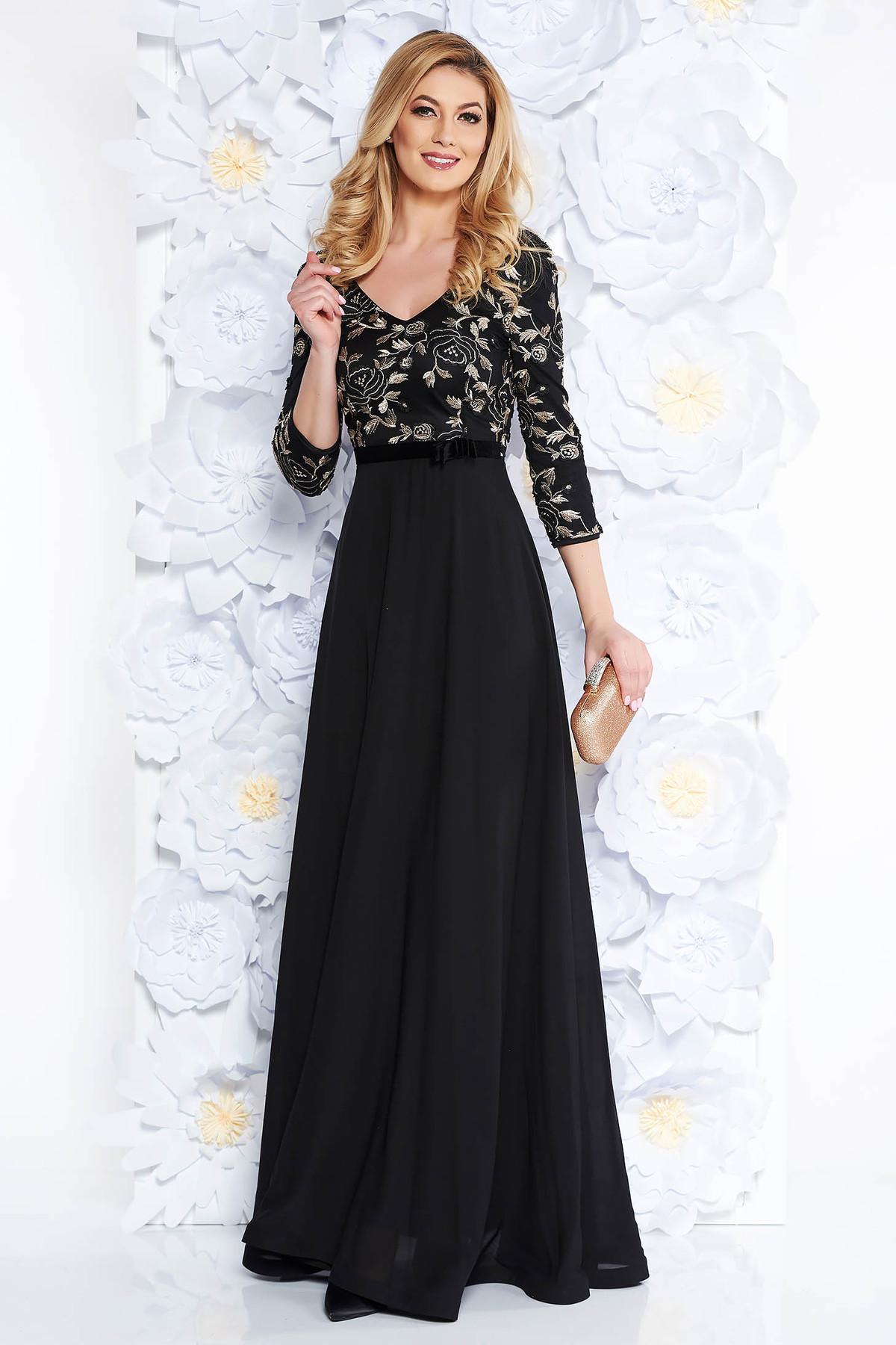 e4e29cbeea Fekete StarShinerS hímzett alkalmi ruha fátyol anyag belső béléssel tűl  kiegészítővel