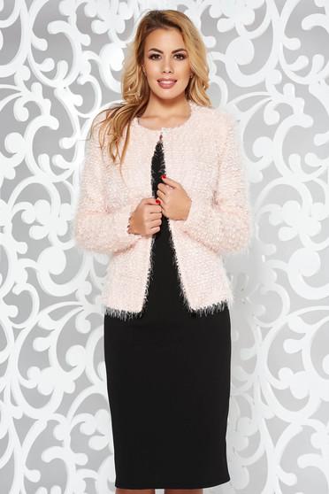 Világos rózsaszín elegáns két részes női kosztüm