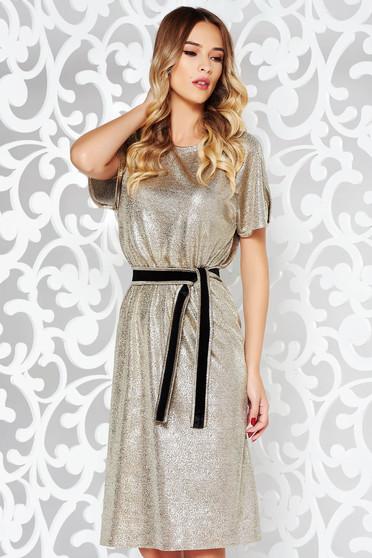 Arany StarShinerS ruha party fémes jelleg belső béléssel övvel ellátva vékony anyag