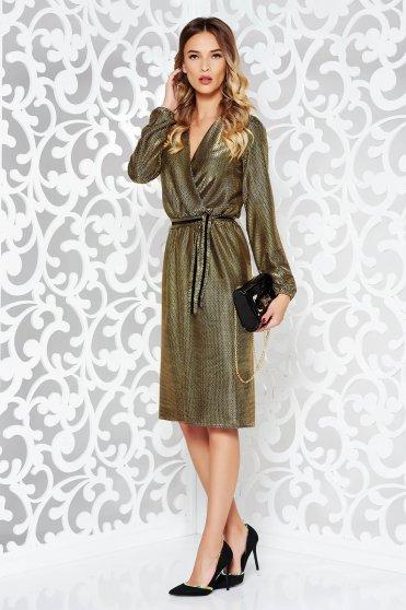 Arany StarShinerS alkalmi harang ruha v-dekoltázzsal derékban rugalmas övvel ellátva