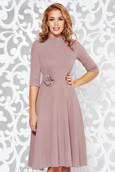 Rózsaszínű StarShinerS ruha elegáns harang kötött anyag